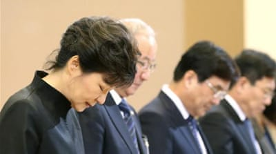 S Korea leader apologises over ferry disaster