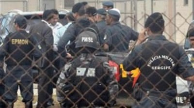 Prisoners take scores hostage in Brazil