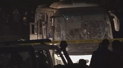 Tourist bus bombed in Egypt near Giza Pyramids