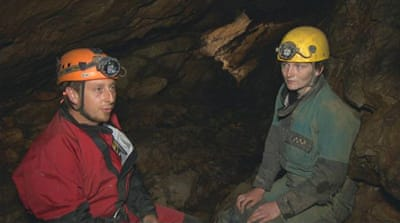 Thai cave rescue: UK cavers say rescue will be tough