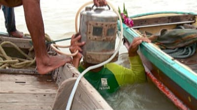 Thailand's 'Indiana Jones divers' livelihoods in danger