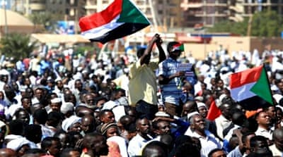 Sudan protests: Opposition groups divided over demands