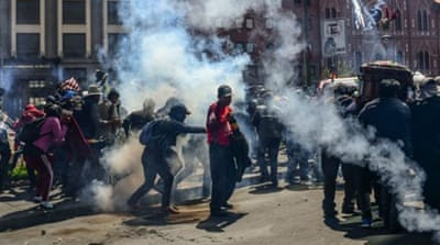 Bolivia unrest: Police disperse funeral protest with tear gas
