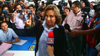 Guatemala election: Candidates vow to tackle crime and poverty