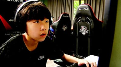 China's e-sports: Health concerns for young gamers
