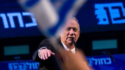 Exit polls in Israeli elections predict close result