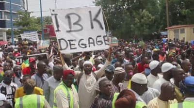 Mali protests: Opposition groups call for president to resign