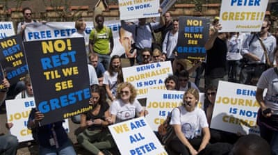 Journalists urge freedom for Al Jazeera staff