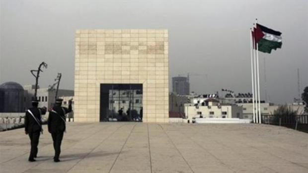 Swiss team visits Arafat grave ahead of probe
