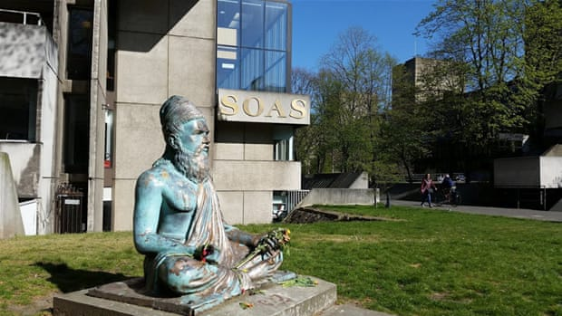 London's prestigious SOAS is divided over a possible boycott of Israeli universities [Simon Hooper/Al Jazeera]