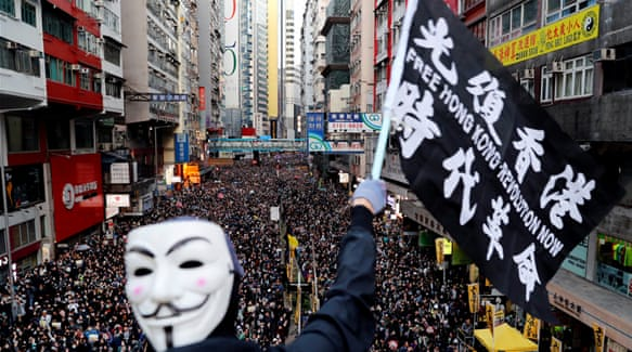 Hundreds of thousands hit the streets of Hong Kong