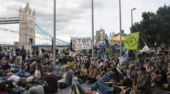 Extinction Rebellion launches London 'tax strike'