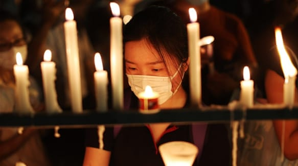 Thousands defy ban to attend Hong Kong vigil for Tiananmen Square