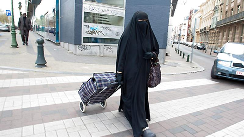 Brussels airport deports Danish woman wearing niqab
