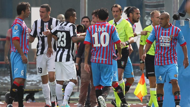 Catania thought they had taken a first-half lead against the Italian leaders but the strike was ruled out after almost a minute of deliberation and pressure from the Juve players [GALLO/GETTY]