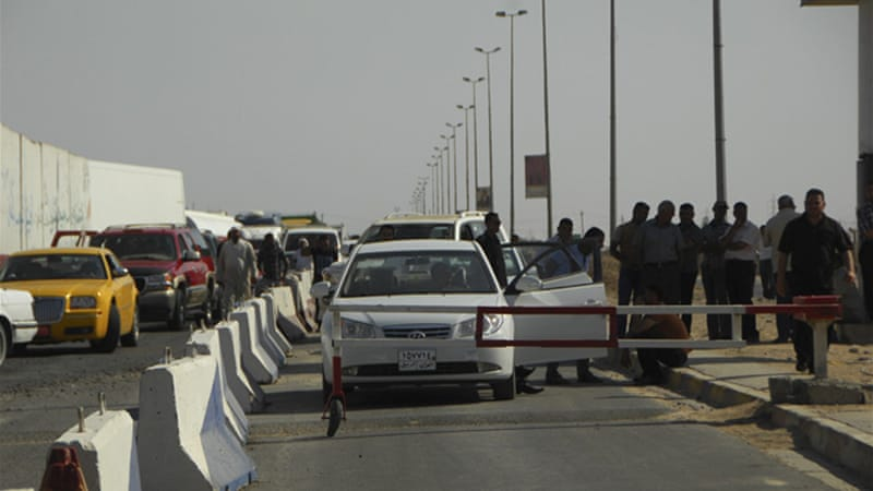 Security checkpoints were set up outside the city of Tikrit following the September 27 prison break [Reuters]