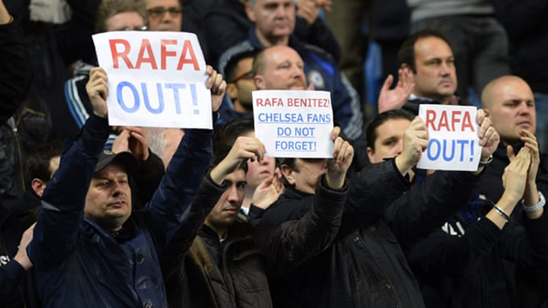 Fans made their feelings known at Stamford Bridge after chanting Roberto Di Matteo's name and booing new manager Benitez [Reuters]