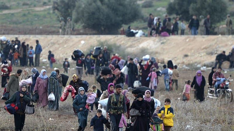 Syrian government bombardment in Syria's northwest caused hundreds of panicked residents to flee [AFP]