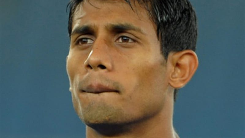 Nabi's side were a goal down away from home against East Bengal when a stone hurled from one of the Bagan supporters – reportedly aimed at the referee – fractured his jaw [AFP]