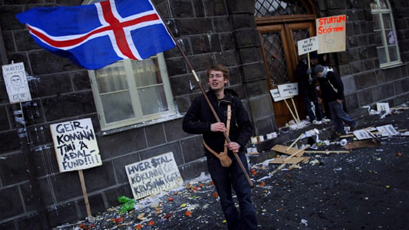 The Iceland follies: Loony currency schemes