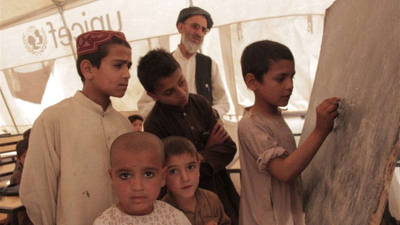 Kandahar schools brave harsh realities