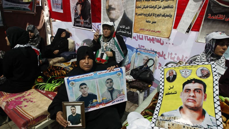 The two men are among hundreds of Palestinian prisoners on hunger strike to demand better conditions [AFP]