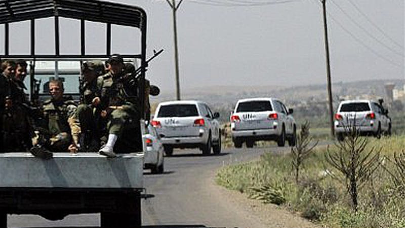 Bomb hits Syrian army truck escorting UN team