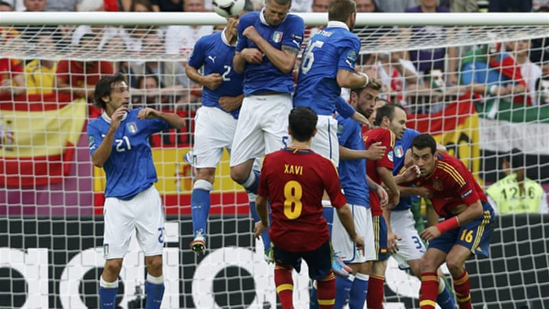 Spain's quest to win back-to-back European titles got off to a slow start with a draw against Italy [Reuters]