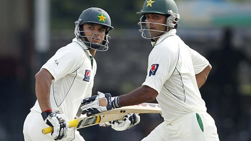 Sri Lanka paid the price for their gamble of of putting Pakistan in to bat first as Azhar Ali, above left, and Hafeez, right, held firm [Reuters]