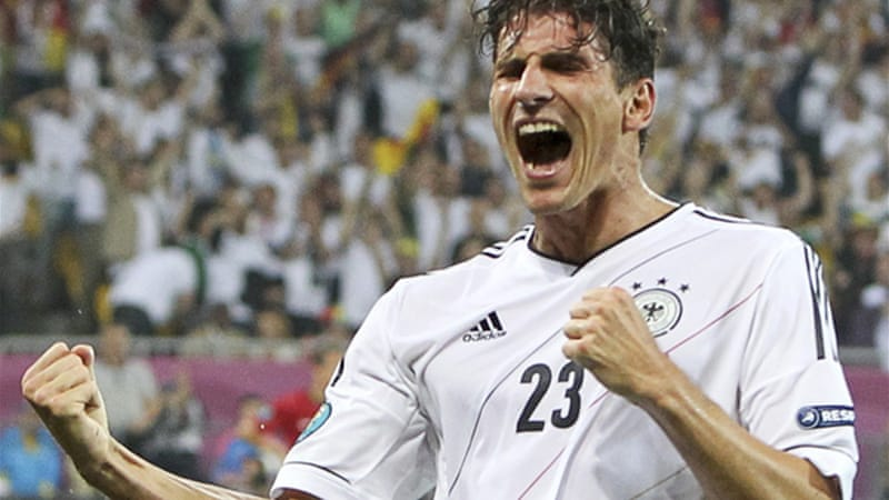 Mario Gomez celebrates after scoring against Portugal during their Group B Euro 2012 match in Lviv [Reuters]