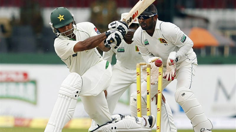 Mohammad Hafeez, unbeaten on 172 overnight, missed out on his double century attempting a sweep shot against Herath [Reuters]