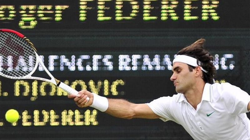 Federer turned on the style to beat the world number one and reach his eighth Wimbledon final [AFP]