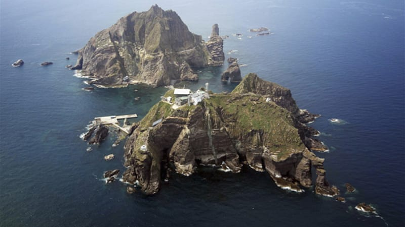 Lee's was the first visit by a S Korean leader to the islands, called Takeshima in Japan and Dokdo in Korea [Reuters]