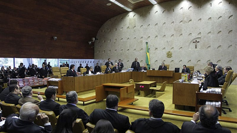 "Most Brazilians say the ""mensalao"" defendants should go to prison - but few expect that will happen [Reuters]"