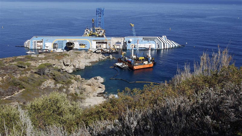 The shipwreck claimed 32 lives when it hit rocks in January 2012 off the island of Giglio in Italy [Reuters]