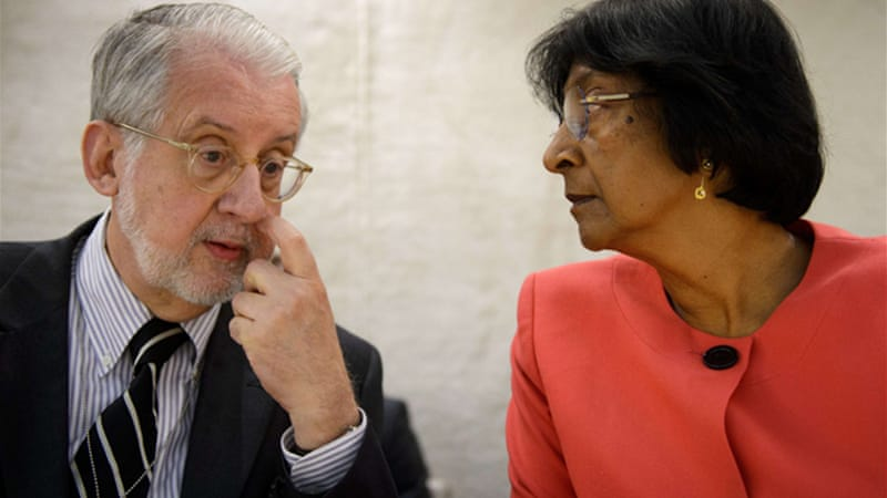 UN Inquiry Commission Chief Pinheiro, left,  said an 'extraordinary body of evidence' had been gathered [AFP]