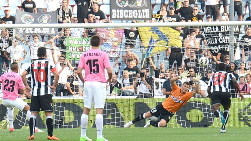 The Bianconeri extended their unbeaten streak in the league to 41 matches with the win over Udinese [EPA]