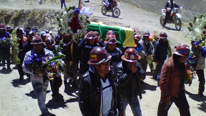 Bolivian mine pits miners against each other