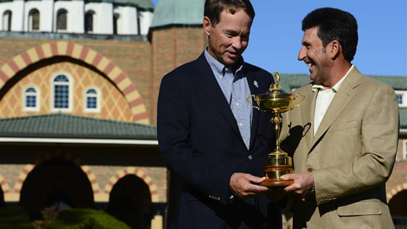 The US skipper, pictured above with European counterpart Jose Maria Olazabal, is hoping the home crowd advantage will give his team the edge [EPA]