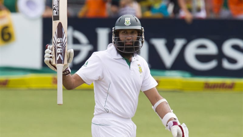 Amla moved the hosts back into a strong position after Graeme Smith (54) and Jacques Kallis (8) were dismissed in quick succession just after lunch [Reuters]