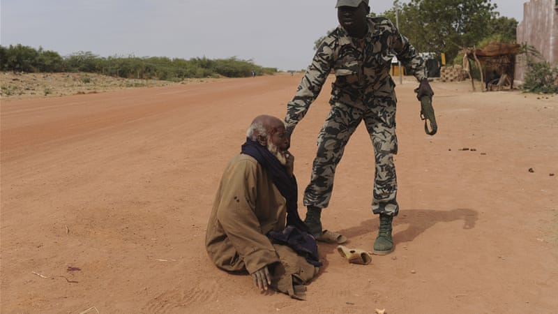 Rights groups allege that Malian soldiers are executing civilians [EPA]