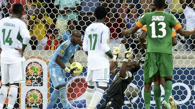 Zambia's goalie Kennedy Mweene, a penalty specialist, netted the equaliser to rescue his side, as both Group C heavyweights remain without a win in Group C [AFP]