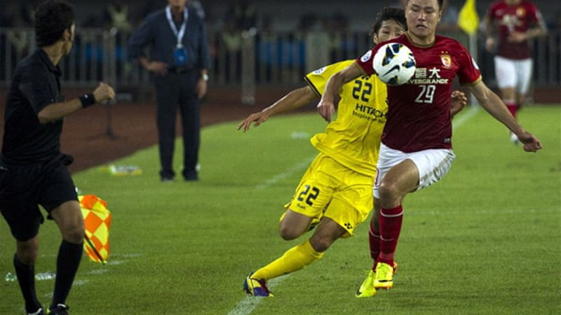Guangzhou powered past Japan's Kashiwa Reysol 4-0 to complete a 8-1 aggregate thrashing [AFP]