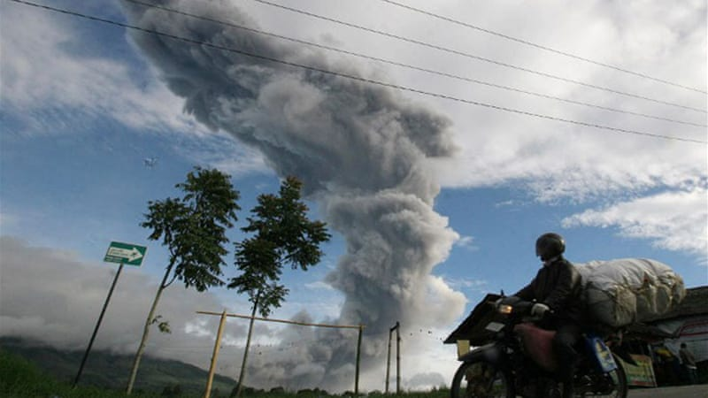 Residents near Sinabung volcano have reported it 'raining rocks' over a large area [AFP]