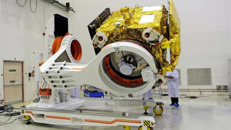 "The spacecraft ""Mangalyaan"" is expected to traverse 200 million kilometers [AP]"