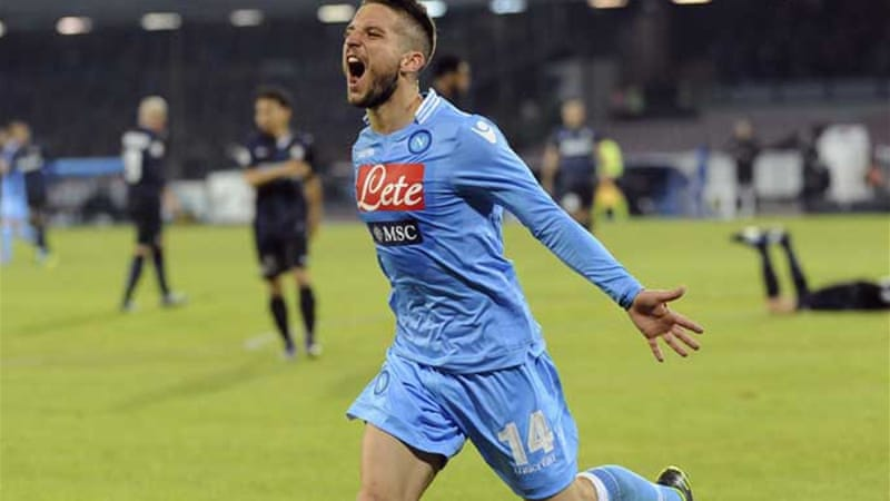 Napoli's Dries Mertens helped boost the team to third, keeping championship hopes alive [Reuters]