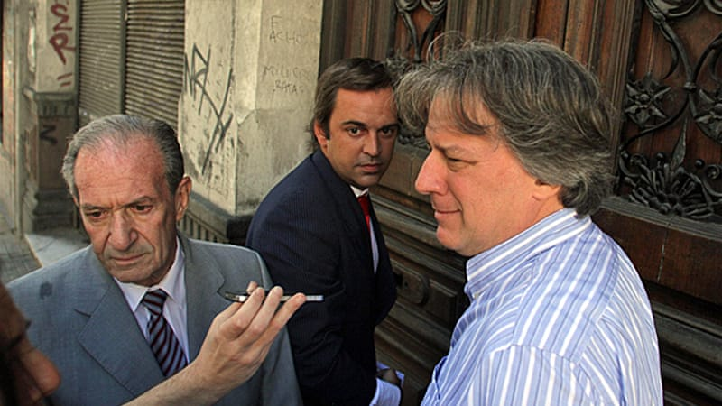Prosecutor wants the minister and Banco Republica president Fernando Calloia charged with abuse of power [AFP]