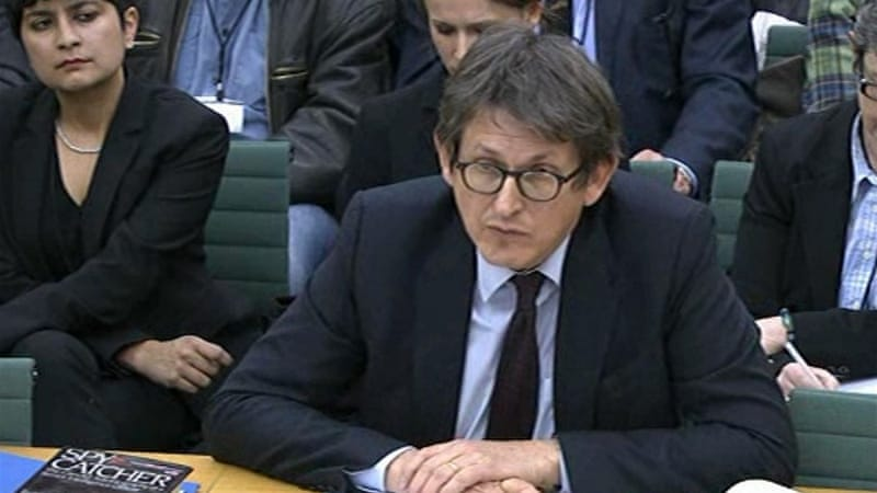 Politicians asked Alan Rusbridger whether he loved his country as they grilled him in Parliament [AFP PHOTO / PRU]