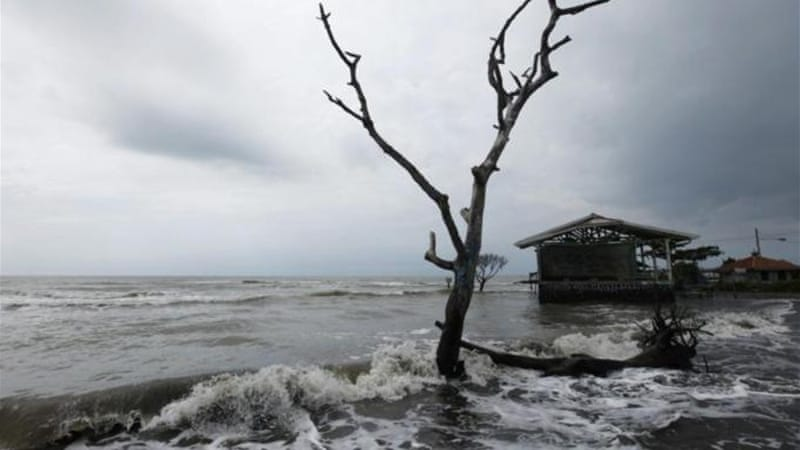 Rising sea levels will in the next half-century erase many coastal areas, destroying large cities, critical infrastructure and prime agricultural land [Reuters]
