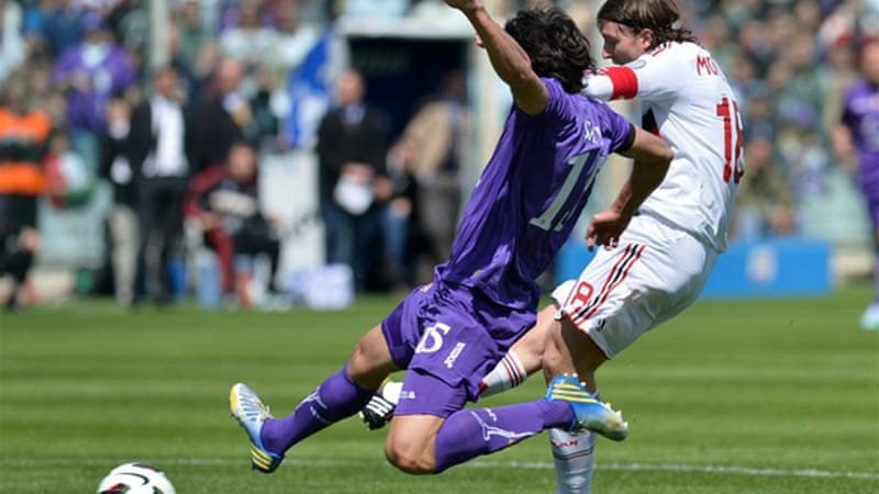 Riccardo Montolivo, pictured right, put Milan ahead in the 14th minute against his former club [AFP]